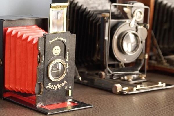 拍立得不死也沒凋零!第一台紙製復古拍立得相機 Jollylook