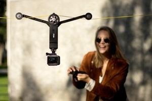 專為探險家、運動愛好者、影片製作團隊而生的「纜線遙控攝影系統 Wiral LITE」 ,無人機辦不到的通通交給它!