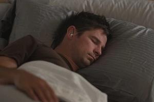 為你擋下惱人噪音!BOSE 新款睡眠耳機集資試水溫