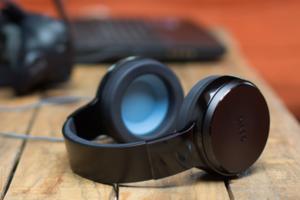 燒光 270 萬美金、宣布停止生產,OSSIC X 耳機這一巴掌甩出了什麼?