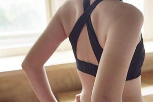 台灣獨家機能紡織技術!CUE BRA 運動內衣實穿分享
