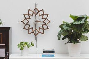 如花朵般盛開的時光軌跡,最優美的律動機關時鐘「Solstice」