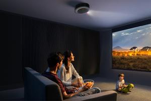飛利浦的對手來了?Nebula Cosmos Max 4K 投影機集資破百萬美金