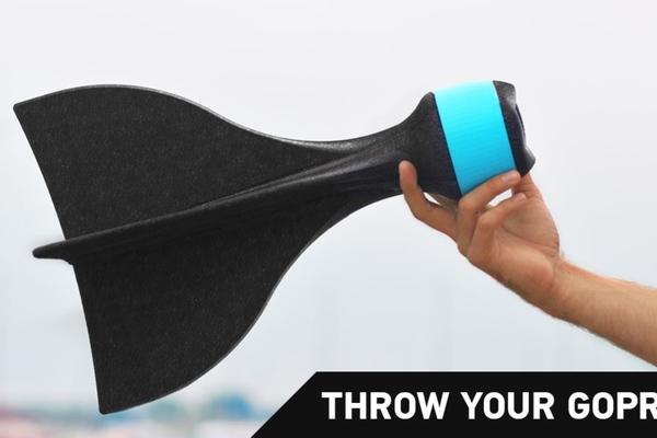 讓 GoPro 飛起來!比腳架跟自拍棒更好玩的 AER